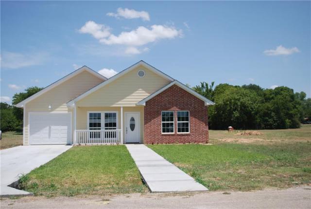 306 Clark, Hillsboro, TX 76645 (MLS #13883672) :: RE/MAX Landmark