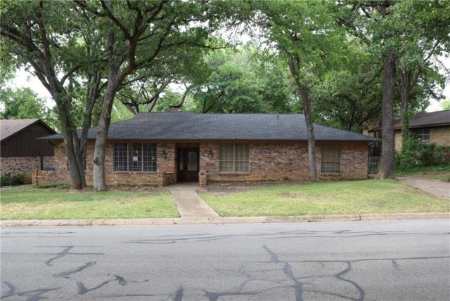 2019 Rockcreek Drive, Arlington, TX 76010 (MLS #13884493) :: Frankie Arthur Real Estate