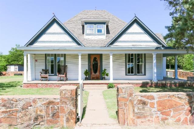 700 Kentucky, Graham, TX 76450 (MLS #13885108) :: Robbins Real Estate Group