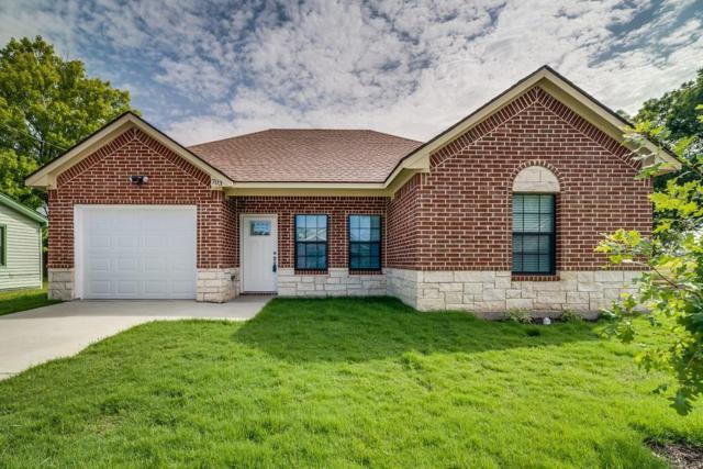 703 Perry Avenue, Waxahachie, TX 75165 (MLS #13888455) :: RE/MAX Pinnacle Group REALTORS