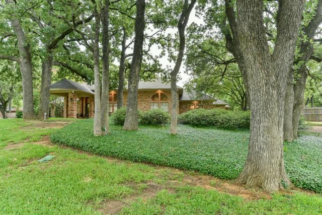 2900 Oak Trail Court, Dalworthington Gardens, TX 76016 (MLS #13888505) :: The Holman Group