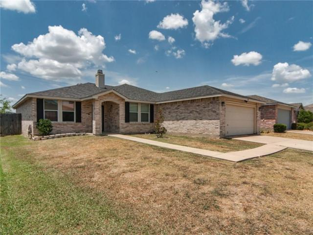 1505 Queen Annes Drive, Burleson, TX 76028 (MLS #13889491) :: Potts Realty Group