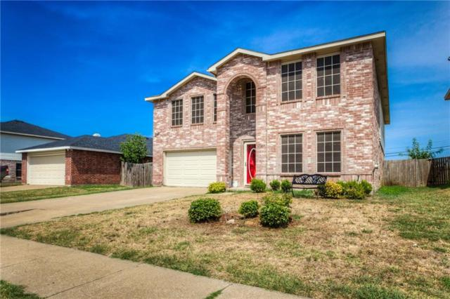 6127 Delollis Drive, Grand Prairie, TX 75052 (MLS #13889527) :: RE/MAX Pinnacle Group REALTORS