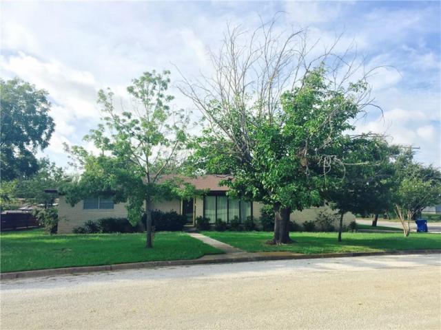 704 N Westwood, Breckenridge, TX 76424 (MLS #13889620) :: Team Tiller
