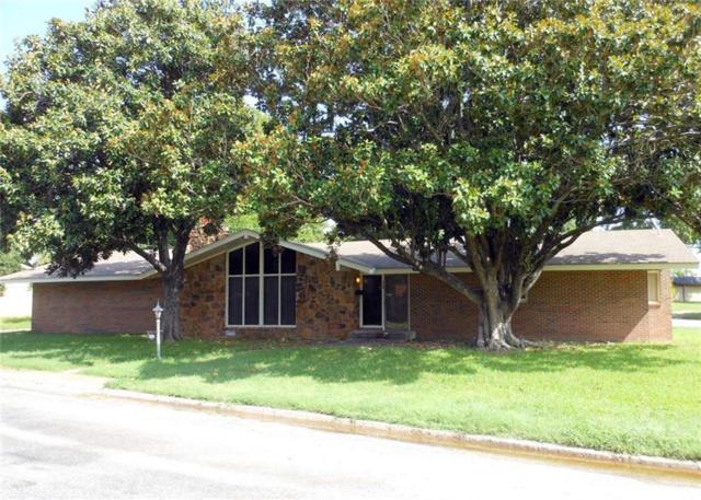 908 Pebble Street, Bowie, TX 76230 (MLS #13889737) :: Kimberly Davis & Associates
