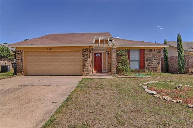 1620 Lincolnshire Way, Fort Worth, TX 76134 (MLS #13889949) :: Team Hodnett