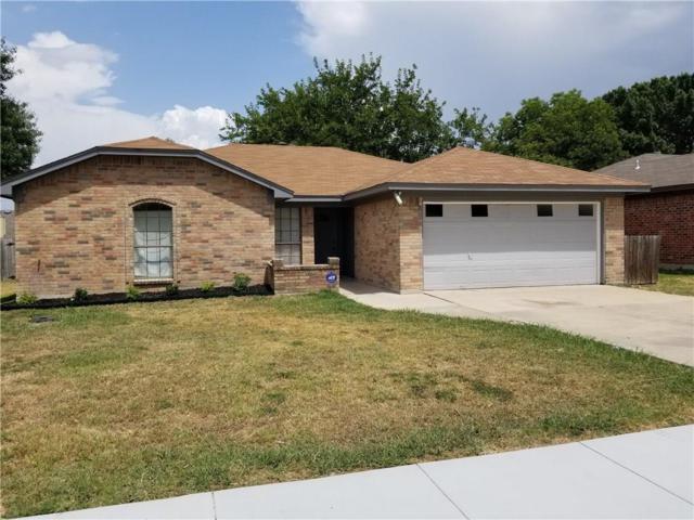 805 Bristol Avenue, Saginaw, TX 76179 (MLS #13890364) :: Team Hodnett
