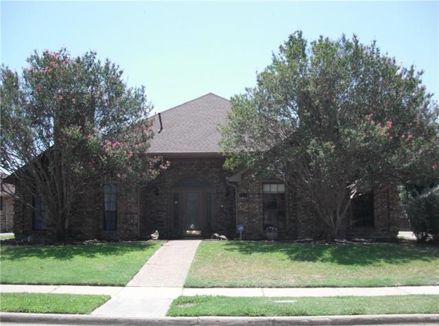 1111 Mackie Drive, Carrollton, TX 75007 (MLS #13890912) :: Team Hodnett