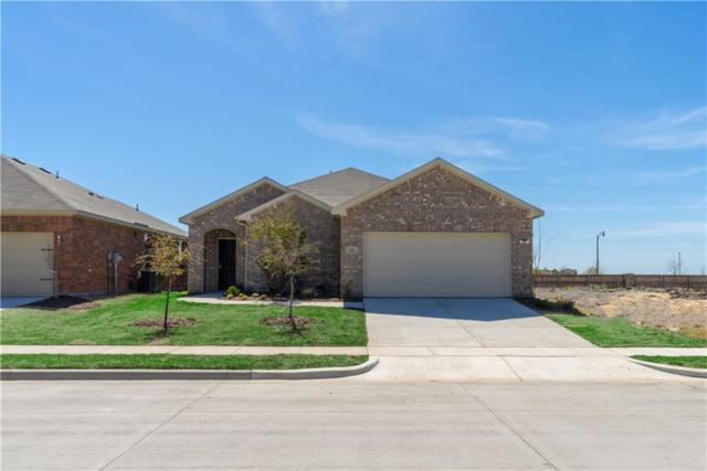 304 Camille Crossing, Celina, TX 75009 (MLS #13891717) :: The Real Estate Station