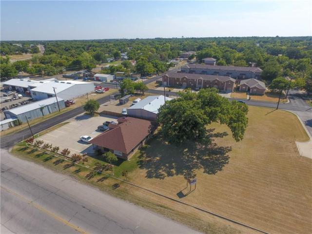 125 W Oak Street, Stephenville, TX 76401 (MLS #13892045) :: Ann Carr Real Estate