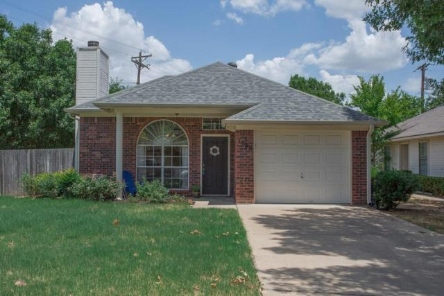 1909 Mack Place, Denton, TX 76209 (MLS #13892175) :: Real Estate By Design