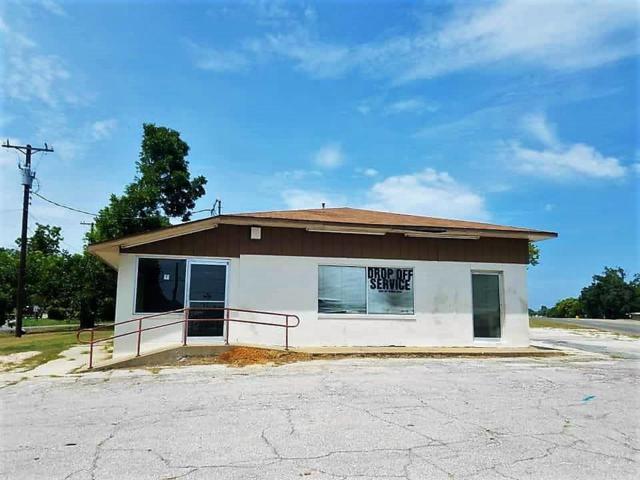 2131 Woodlawn Boulevard, Denison, TX 75020 (MLS #13892769) :: Team Hodnett