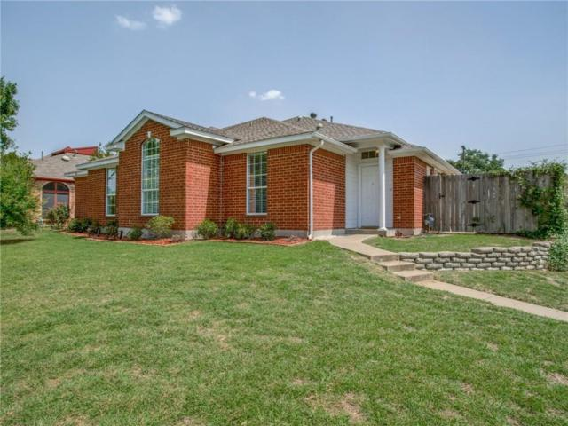 900 Teakwood Lane, Desoto, TX 75115 (MLS #13894247) :: Pinnacle Realty Team