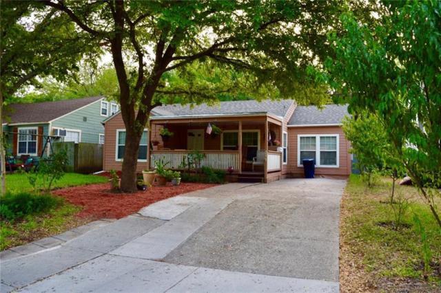 211 Kirven Avenue, Waxahachie, TX 75165 (MLS #13895020) :: Pinnacle Realty Team