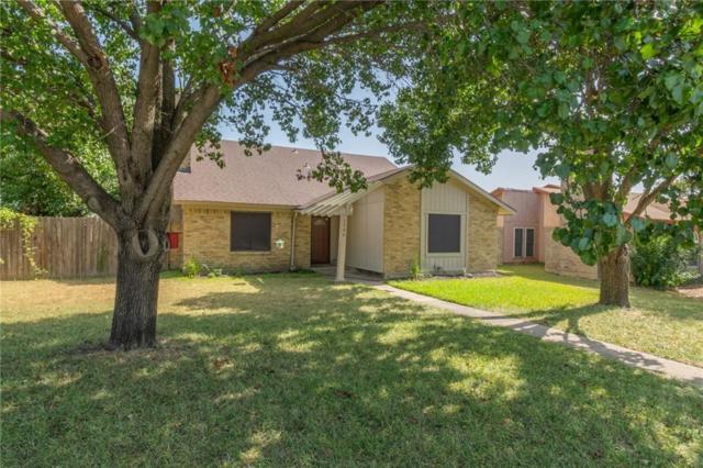 1706 Hartford Drive, Carrollton, TX 75007 (MLS #13895122) :: Team Hodnett