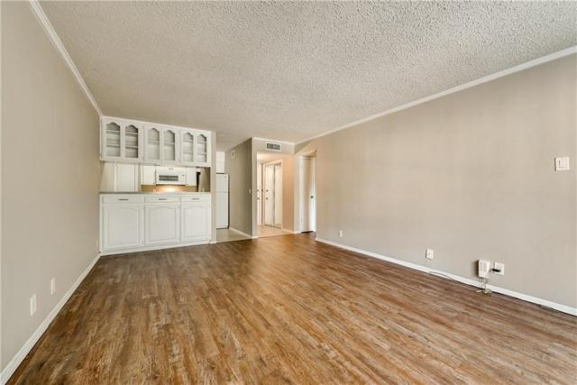 4859 Cedar Springs Road #242, Dallas, TX 75219 (MLS #13896555) :: Magnolia Realty