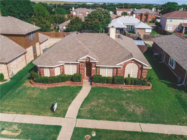 2202 Lone Pecan Drive, Garland, TX 75040 (MLS #13896943) :: The Holman Group