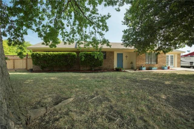 804 W 7th Street, Justin, TX 76247 (MLS #13898448) :: Team Hodnett