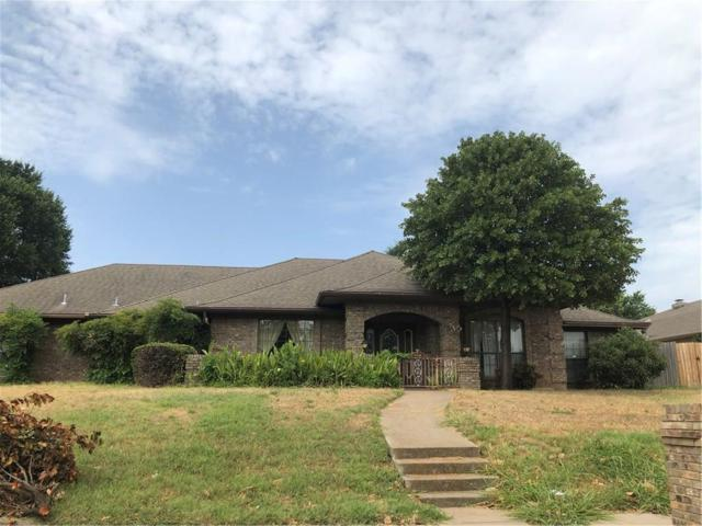 735 NW Renfro Street, Burleson, TX 76028 (MLS #13898539) :: The Real Estate Station