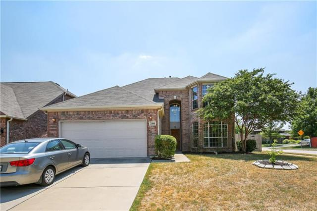 2800 Maple Creek Drive, Fort Worth, TX 76177 (MLS #13899559) :: RE/MAX Town & Country