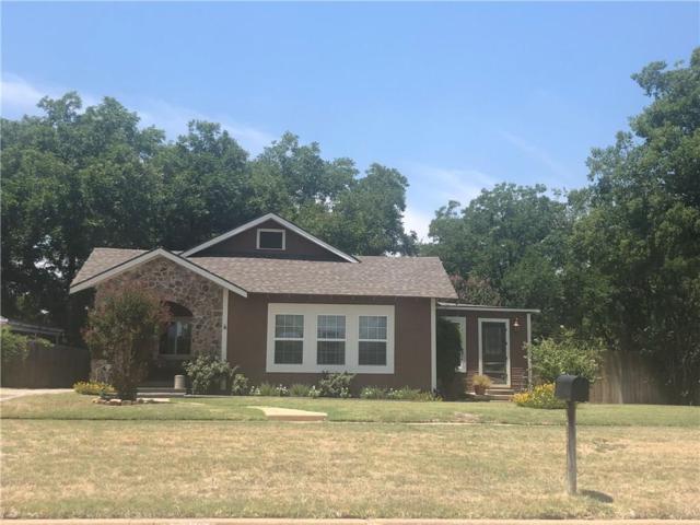 826 Plum, Graham, TX 76450 (MLS #13901630) :: Team Hodnett