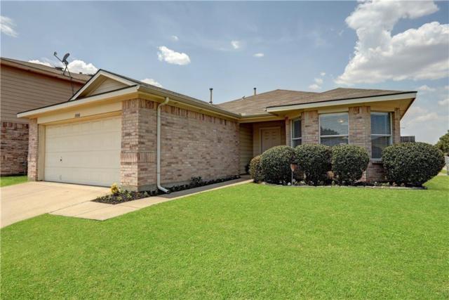 1000 Triple Crown Drive, Fort Worth, TX 76179 (MLS #13901647) :: Team Hodnett