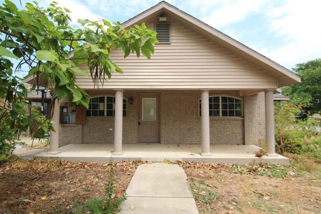 409 E Boyd Avenue, Boyd, TX 76023 (MLS #13902743) :: Team Hodnett