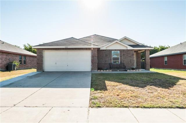 1300 First Street, Sanger, TX 76266 (MLS #13903956) :: The Real Estate Station