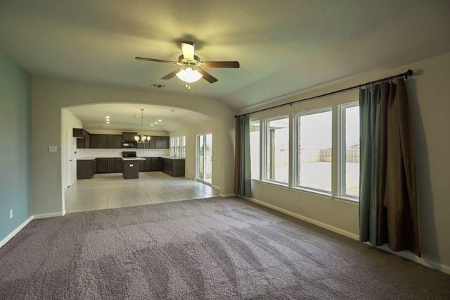 105 Whirlaway Street, Waxahachie, TX 75165 (MLS #13905714) :: North Texas Team   RE/MAX Advantage
