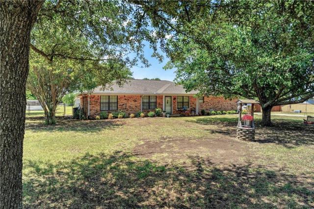 3328 Carriage Circle, Sherman, TX 75092 (MLS #13906628) :: RE/MAX Town & Country
