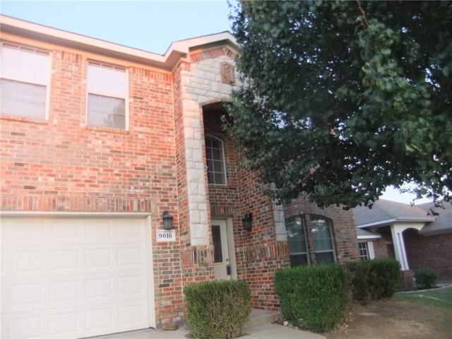 9016 Weller Lane, Fort Worth, TX 76244 (MLS #13907015) :: Team Hodnett