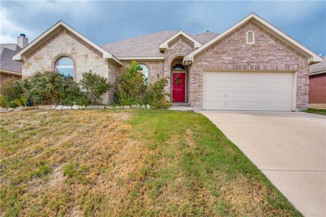 2218 Cancun Drive, Mansfield, TX 76063 (MLS #13907647) :: The Real Estate Station