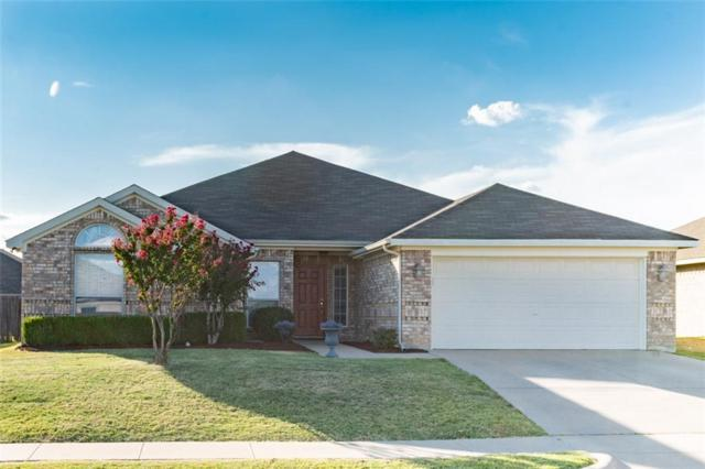 950 Thistle Meade Circle, Burleson, TX 76028 (MLS #13907781) :: Fort Worth Property Group