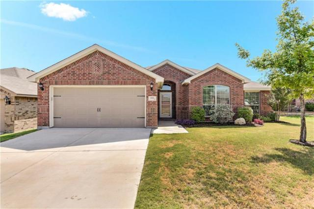 1521 Carol Drive, White Settlement, TX 76108 (MLS #13907794) :: Baldree Home Team