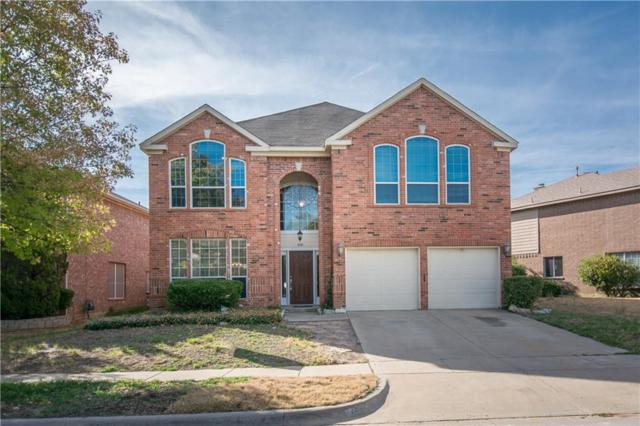 1041 Iron Horse Drive, Saginaw, TX 76131 (MLS #13909105) :: RE/MAX Town & Country