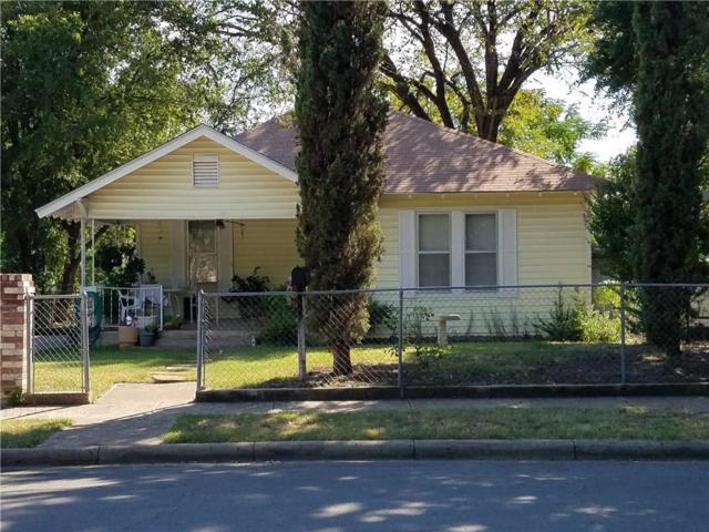 907 Wayne Street, Dallas, TX 75223 (MLS #13909538) :: Team Hodnett