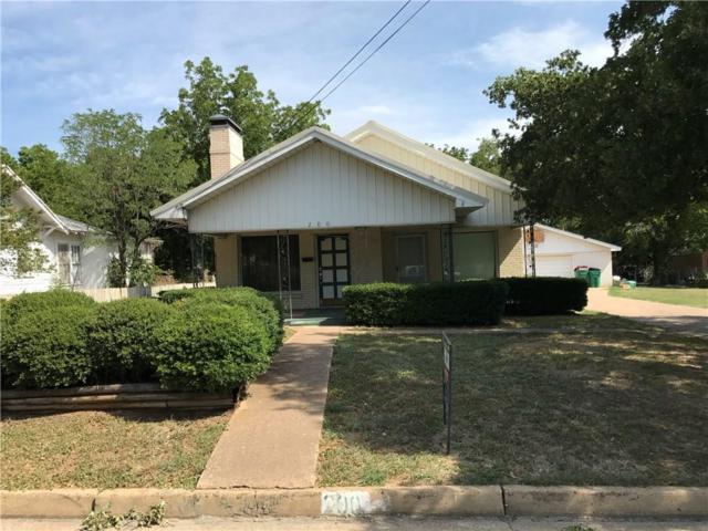 200 E Valley Street, Eastland, TX 76448 (MLS #13909823) :: Robinson Clay Team