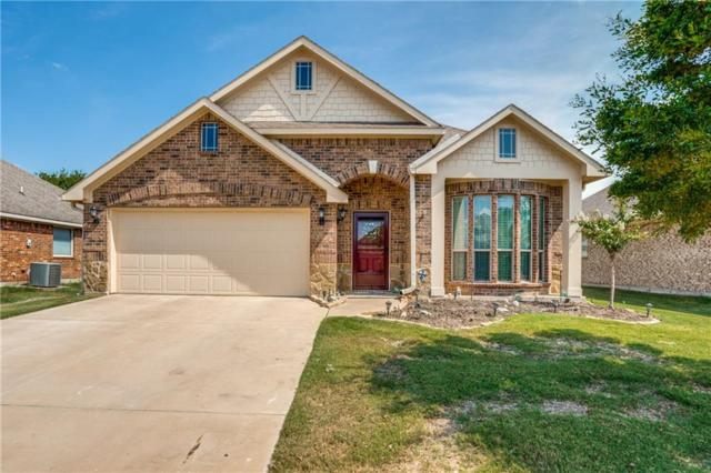 576 Griffith Drive, Saginaw, TX 76179 (MLS #13910155) :: Team Hodnett