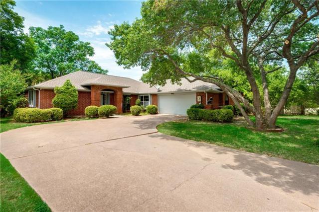 829 Hunters Creek Drive, Desoto, TX 75115 (MLS #13910535) :: Team Hodnett