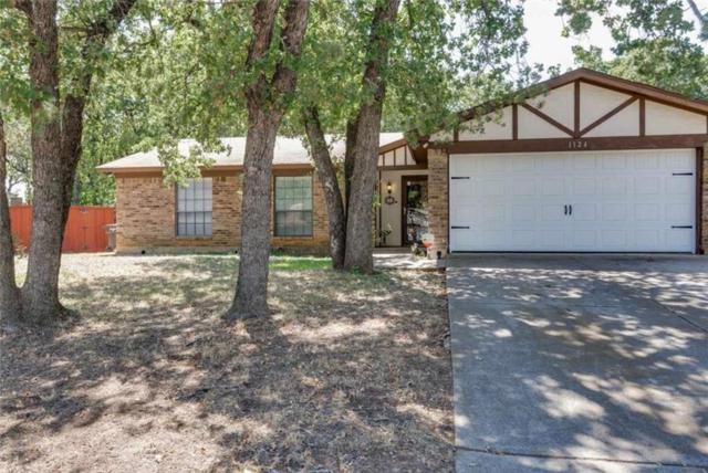1124 Blue Carriage Lane N, Fort Worth, TX 76120 (MLS #13911246) :: Team Hodnett