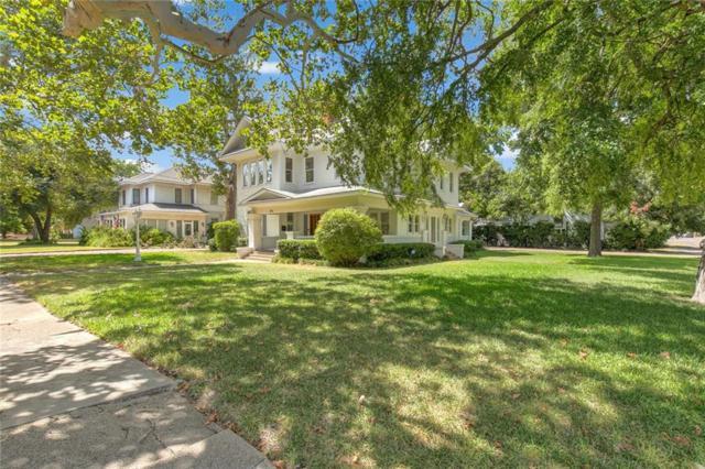 302 Featherston Street, Cleburne, TX 76033 (MLS #13911320) :: Team Hodnett