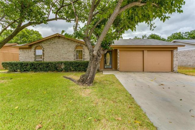 821 Hillside Drive SW, Burleson, TX 76028 (MLS #13912221) :: Fort Worth Property Group