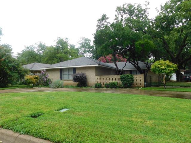 2318 Perryland Drive, Arlington, TX 76013 (MLS #13912678) :: Team Hodnett
