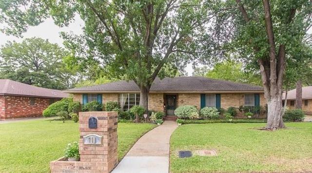 711 Stafford Drive, Arlington, TX 76012 (MLS #13912779) :: RE/MAX Town & Country