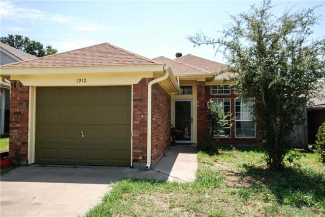 1910 Lee Drive, Denton, TX 76209 (MLS #13913266) :: North Texas Team | RE/MAX Advantage