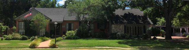 1811 Elmwood Avenue, Corsicana, TX 75110 (MLS #13914524) :: Team Hodnett