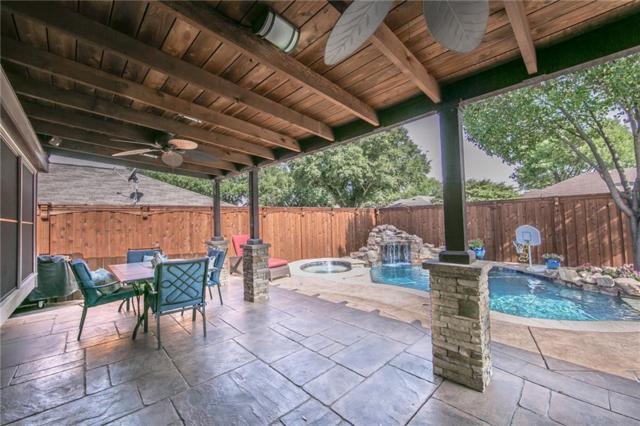 1317 E Branch Hollow Drive, Carrollton, TX 75007 (MLS #13914873) :: Kimberly Davis & Associates