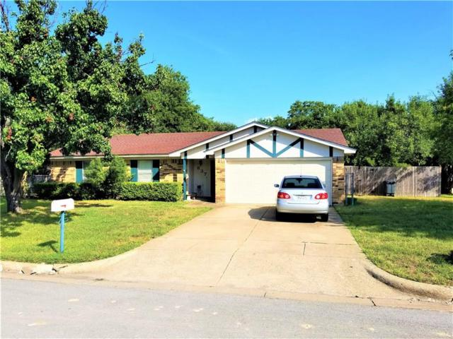 837 Lynne Lane, Burleson, TX 76028 (MLS #13915710) :: The Hornburg Real Estate Group