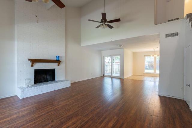 2106 Holt Road, Arlington, TX 76006 (MLS #13916527) :: The Hornburg Real Estate Group