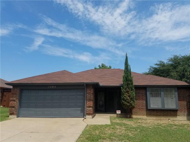 1505 Sayles Avenue, Arlington, TX 76018 (MLS #13916769) :: The Hornburg Real Estate Group